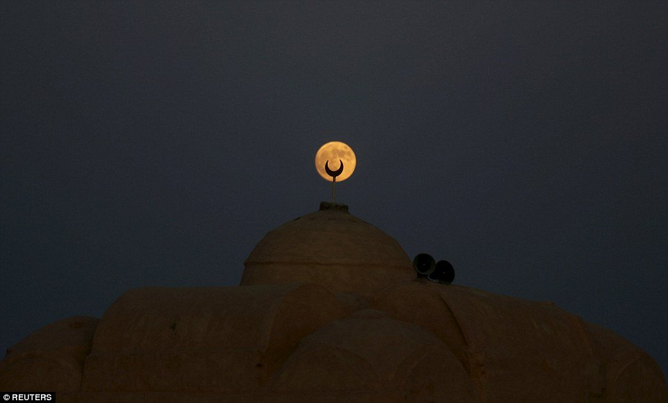 egypt-supermoon