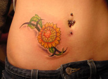 Women-tatoo-on-Hip